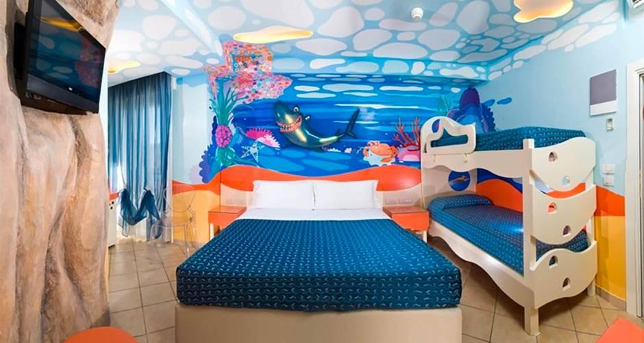 Hotel 3 stelle riccione albergo con piscina - Hotel con camere a tema milano ...