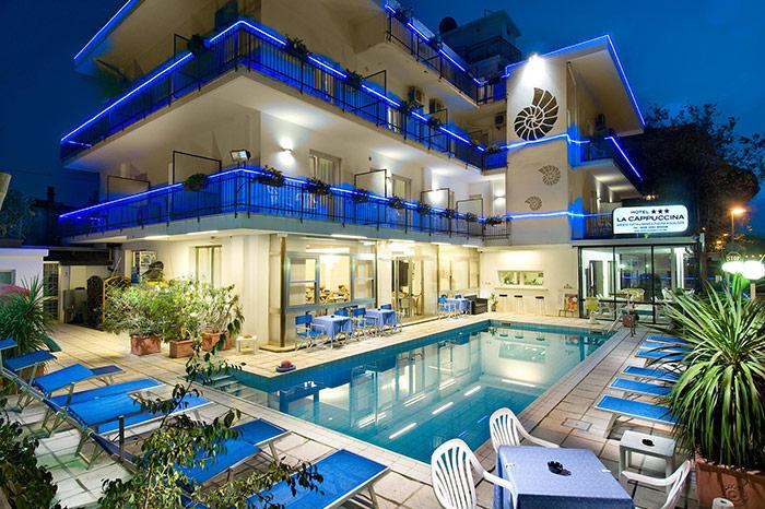 Hotel 3 stelle riccione albergo con piscina - Hotel con piscina a riccione ...